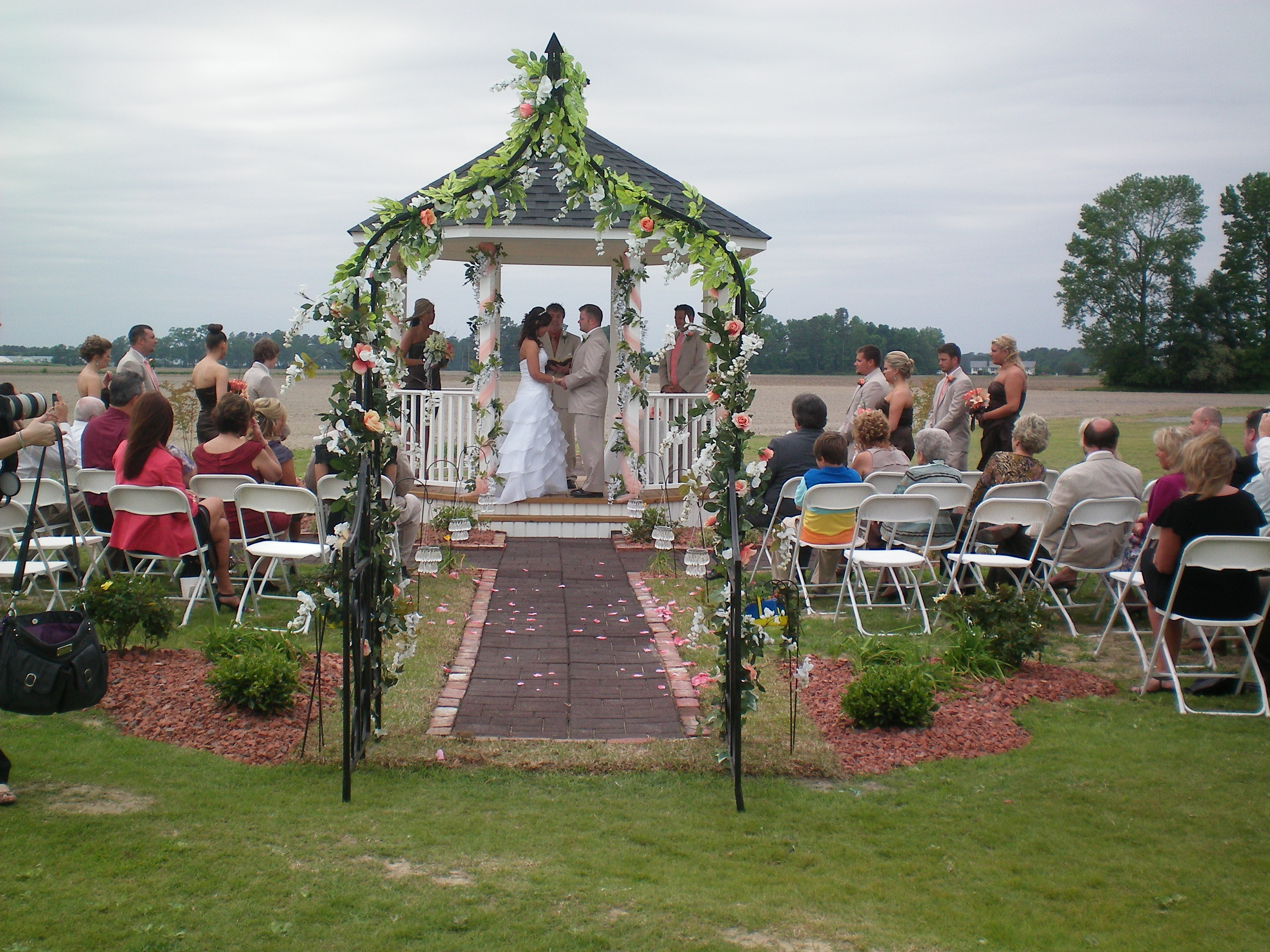 Brittany And Joseph Got Married In April 2017 At Hamstead Acres Lagrange Nc S Wedding